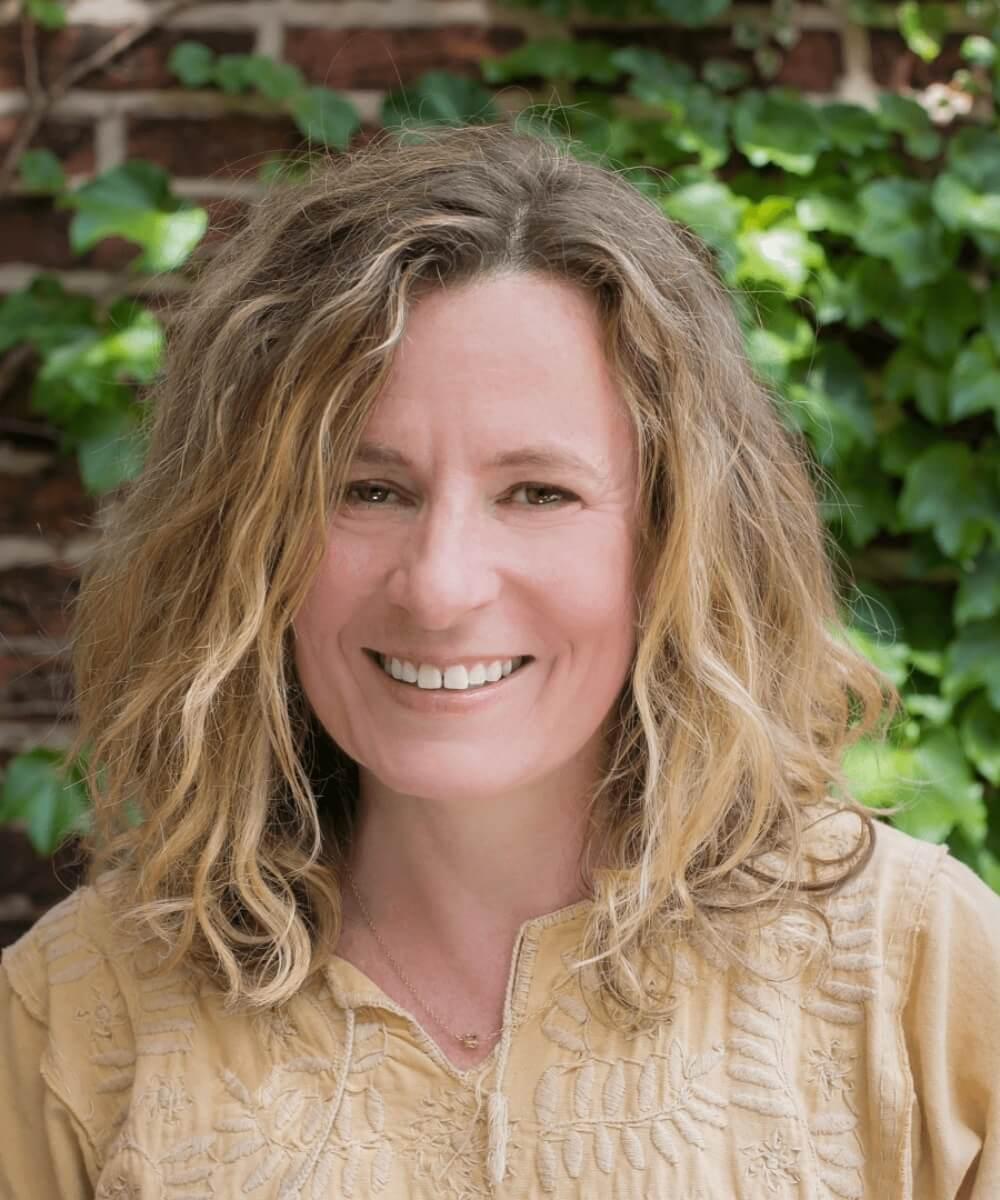 Alison Froling