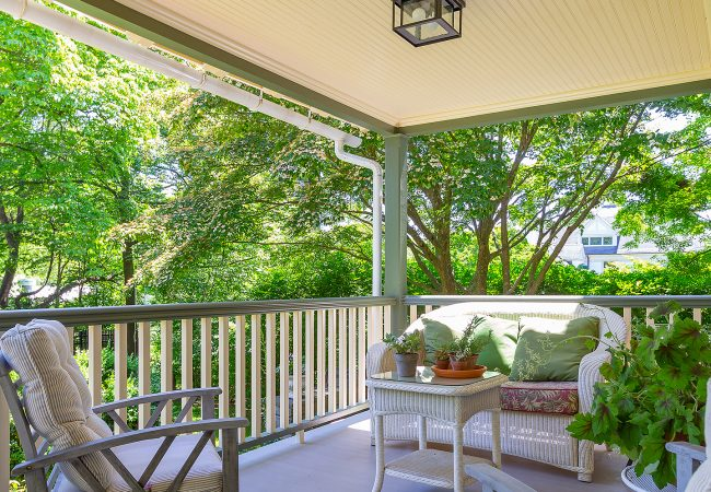 Chestnut-Hill-Porch-right-side-view-small