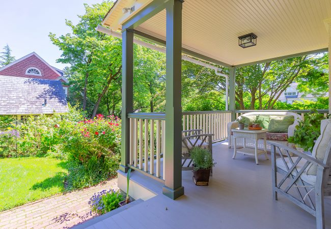 Chestnut-Hill-Porch-right-side-with-yard