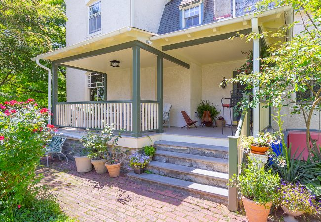Chestnut-Hill-Porch-view-from-yard-left