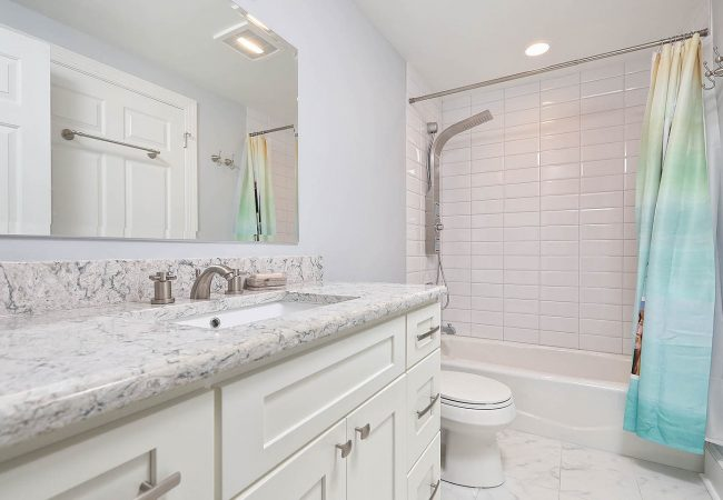Fairmount Condo Kitchen & Bath 5