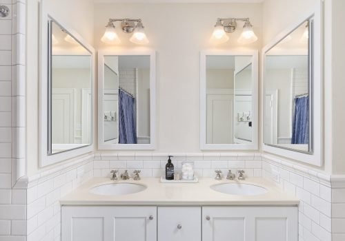 Traditional Master Bathroom with Built-In Vanity