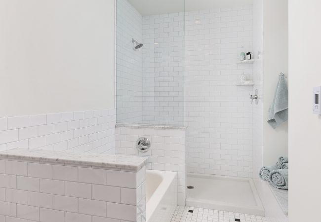 Garden Court Kitchen & Master Bathroom 23