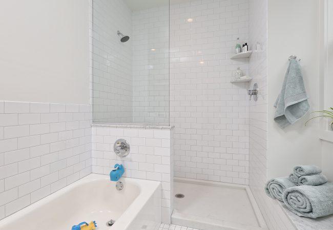 Garden Court Kitchen & Master Bathroom 24
