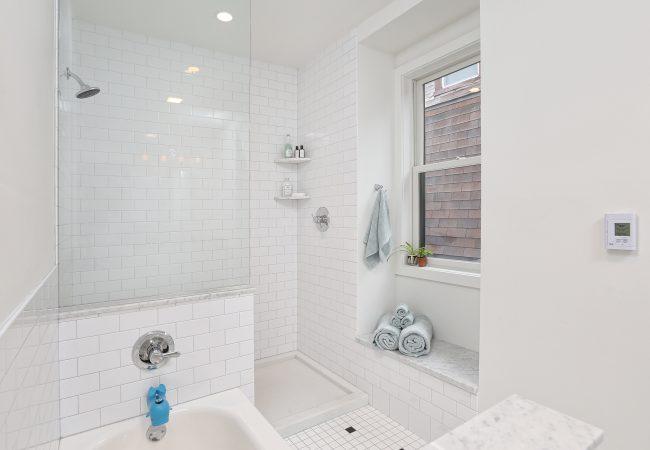 Garden Court Kitchen & Master Bathroom 25