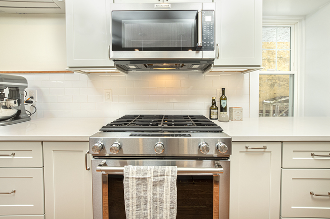Gas Range and Microwave Combo