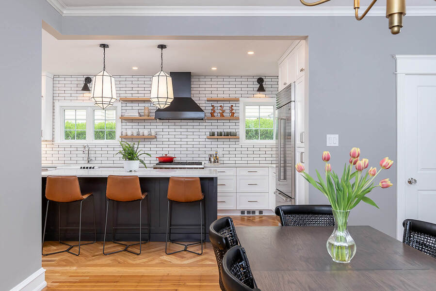 Transitional kitchen remodel with dining room table by Bellweather Design-Build in the Main Line