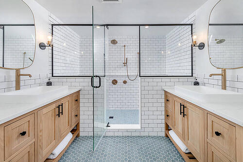Transitional Primary Bathroom Remodel in Wynnewood, PA