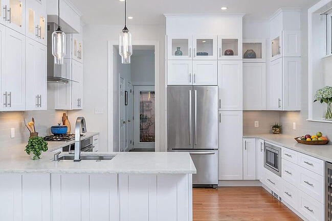 White Kitchen with Floor to Ceiling Cabinets